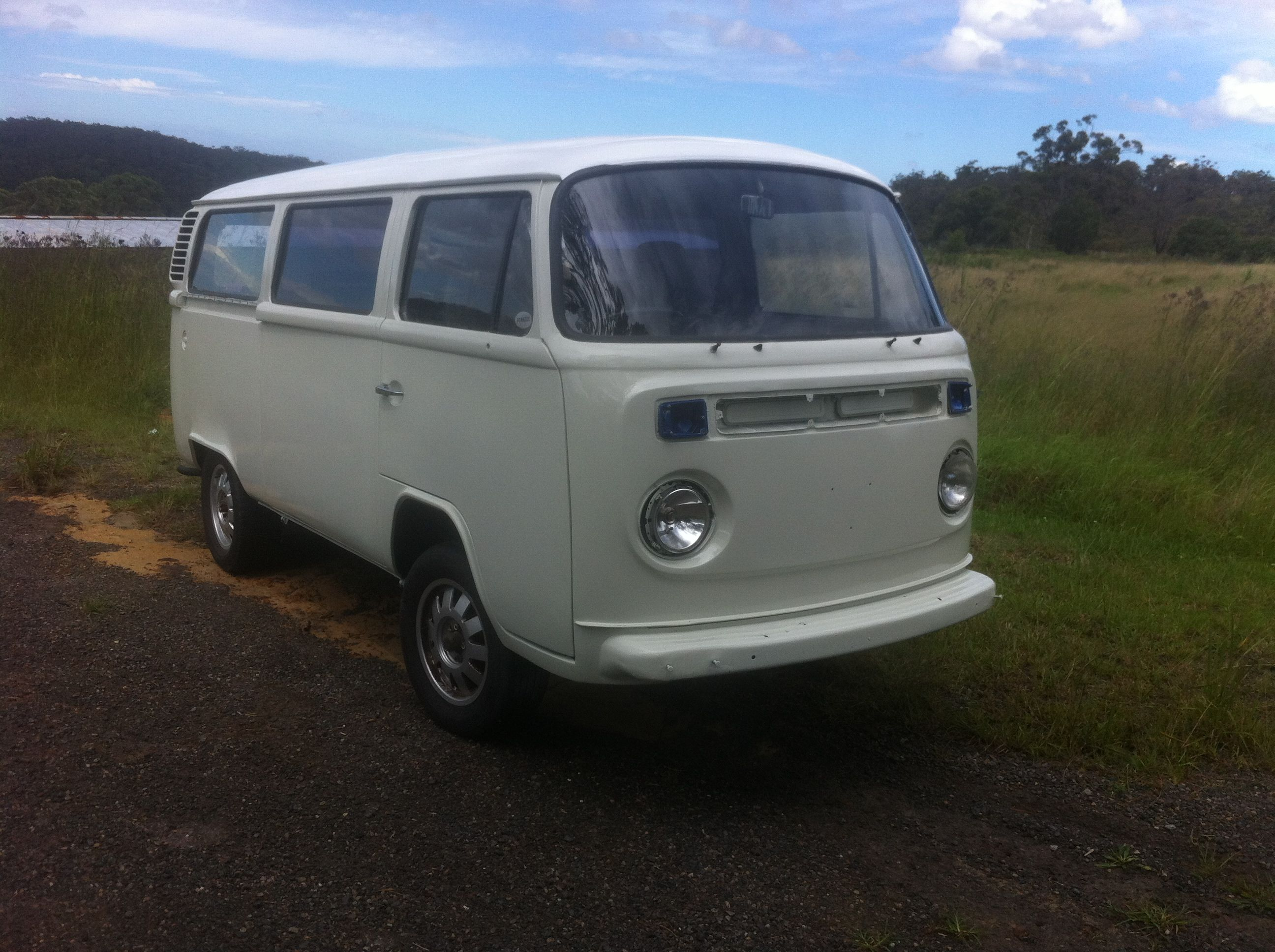 rare vw kombi  light  ambulance  sale kombi sales vw beetle  kombi  sale buy