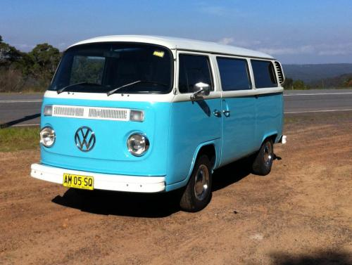 restored  vw kombi microbus  sale  sale kombi sales sell  buy  vw kombi  beetle